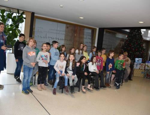 Besuch der Volksschule Brederis